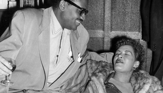 billie-holiday-resting-1954-sized