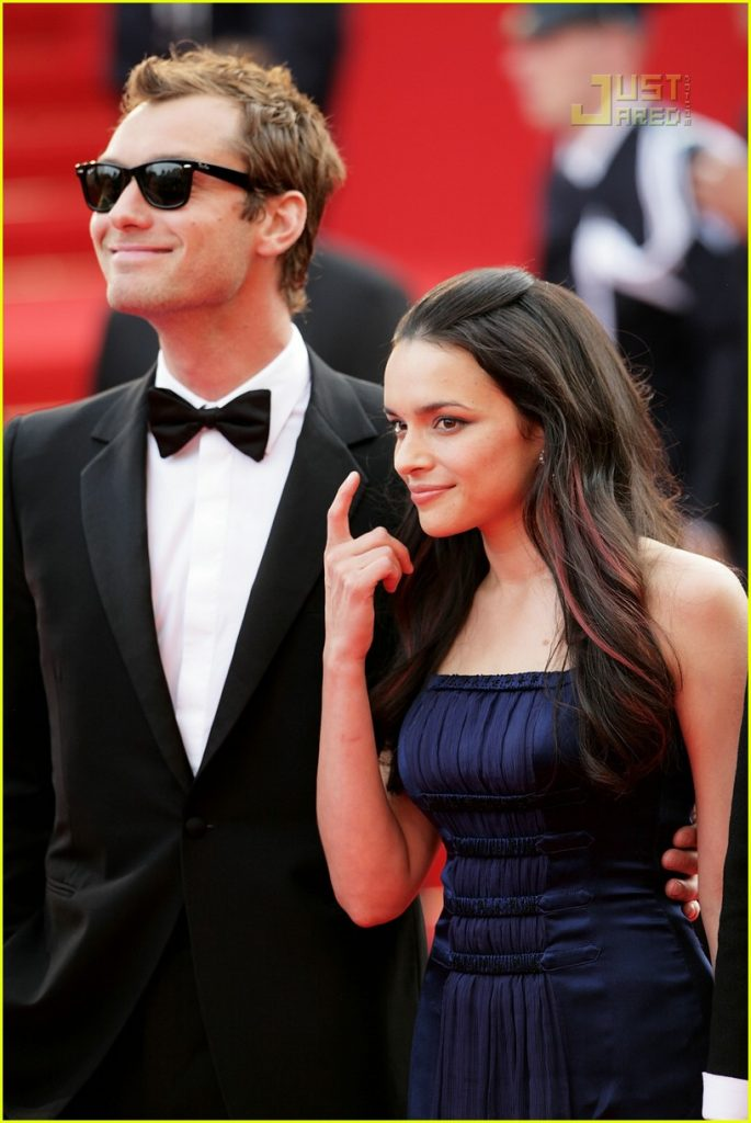jude-law-cannes-film-festival-2007-30