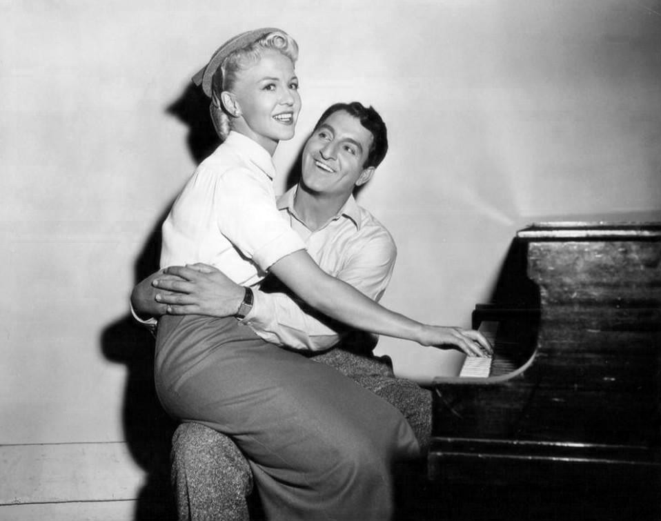 Peggy_Lee_Danny_Thomas_The_Jazz_Singer_1952