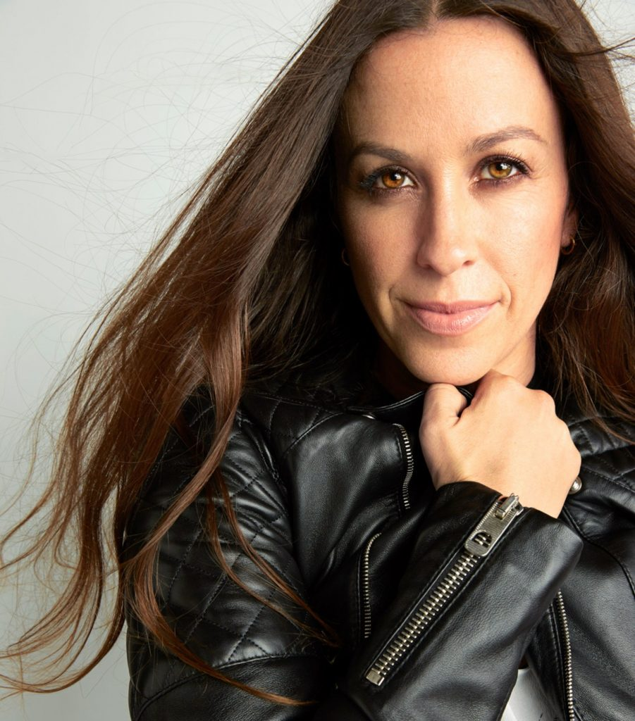 sex-love-life-2015-07-alanis-morissette-main