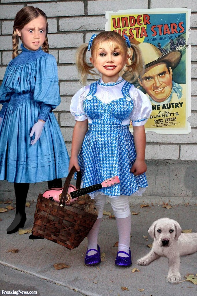 Dolly-Parton-as-a-Child--81370