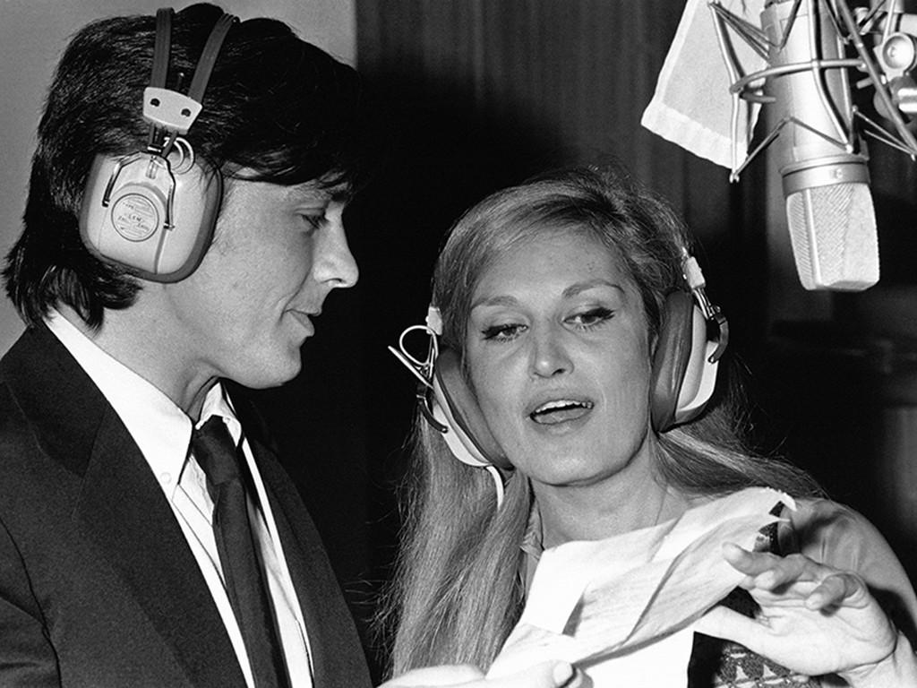 Alain Delon Et Dalida Enregistrent 'Paroles, Paroles'