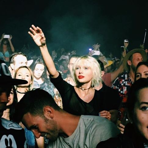 swift-coachella-calvin-19apr16