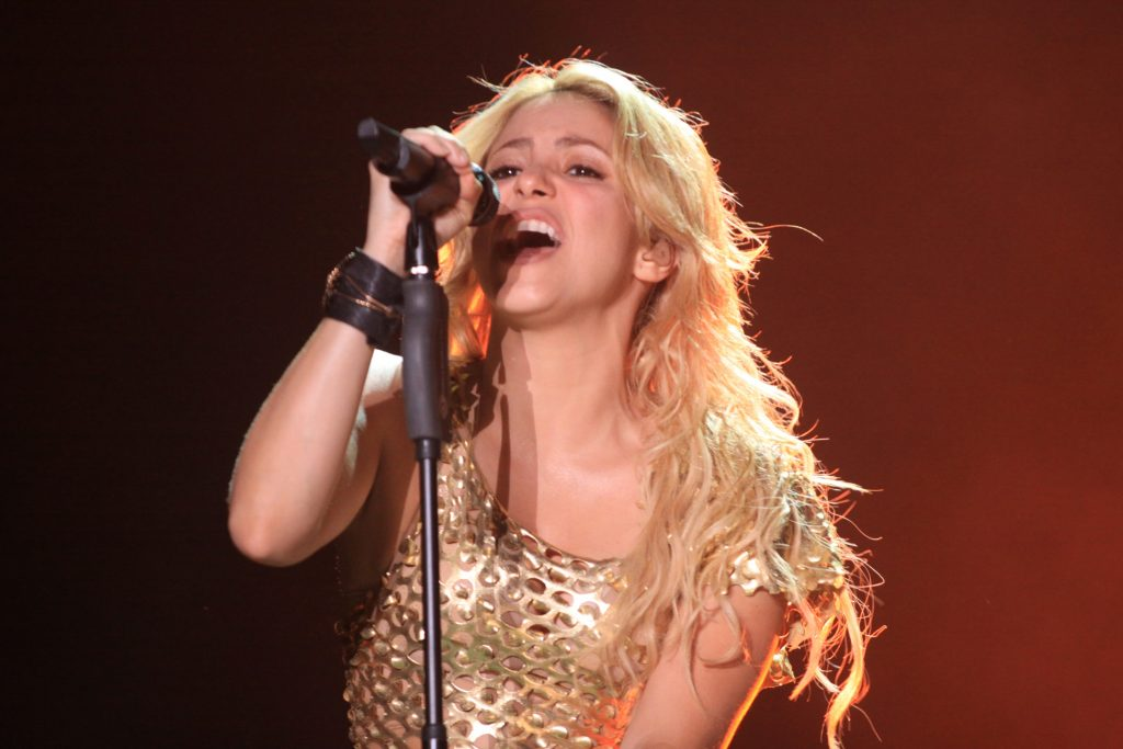 Colombian singer Shakira performs during a concert at the Pop Festival in Asuncion Paraguay on March 8, 2011. AFP PHOTO / Pablo Burgos (Photo credit should read PABLO BURGOS/AFP/Getty Images)