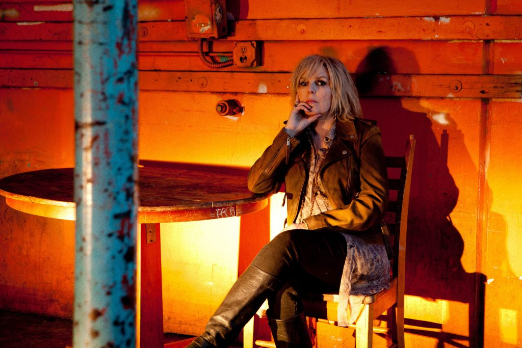 ct-lucinda-williams-review-20141129