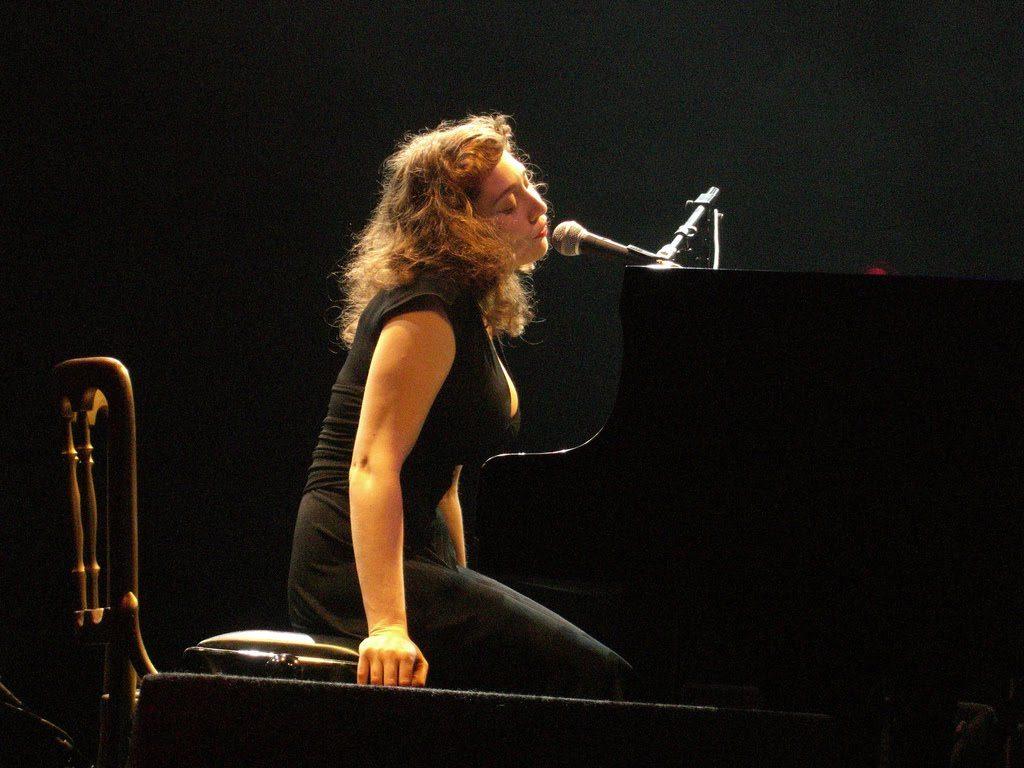 regina spektor piano