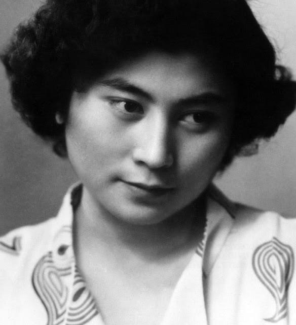 Yoko-Ono-1960s-1