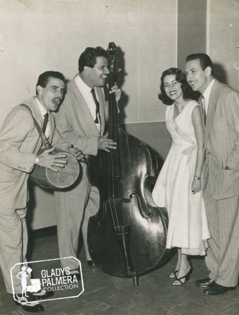 Olga y Tony y Los Casanovas